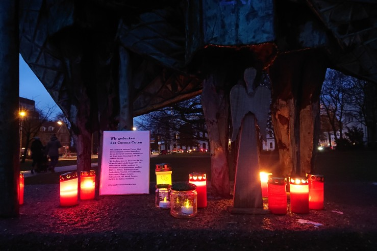 Gedenken an die Corona-Toten in Hamburg